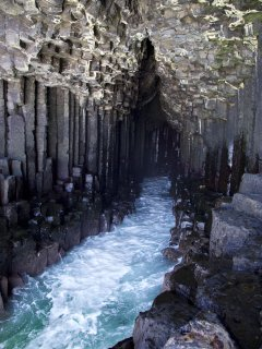 Staffa and fingals cave