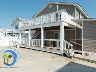 Cherry Grove Beach Cottage DOWN- Steps to the Beach! PET FRIENDLY!