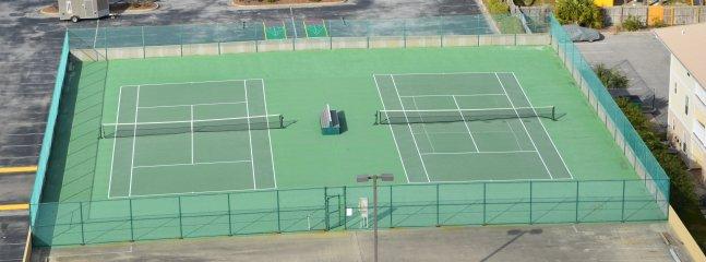 Pelican Beach Courts de tennis (prévoir vos raquettes et balles de tennis)