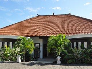 Lovina villa for rent Dewi Sri