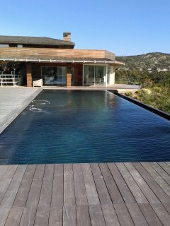 Large luxurious red-wood villa with own heated pool, very upscale