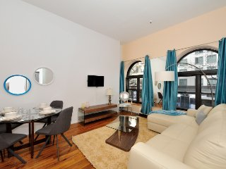 Flatiron Building nearby this spacious home in elite Gramercy district