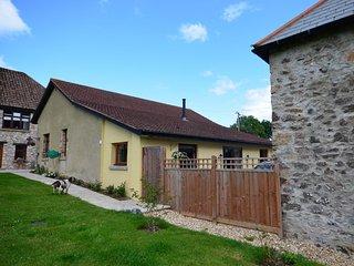 DAHAR Barn in Teignmouth