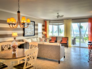 Beachfront Glamour 3 Bedroom Apartment T-I202