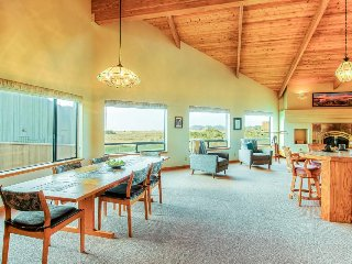 Ocean/meadow view home w/ private hot tub, deck & shared pools, saunas & tennis!