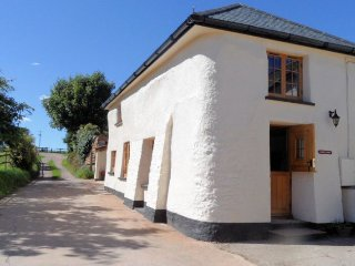 PARKS Cottage in Morchard Bish