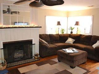 West Asheville Bungalow-Perfect for Familes or Couples