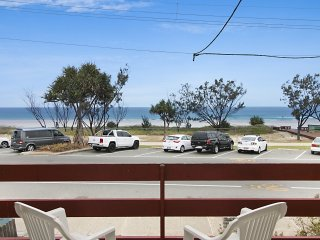 Goondi 1 - Currumbin Beachfront