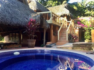 Casa le Jardin & Casita - Rustic bungalow in San Pancho, 10 min walk to beach!