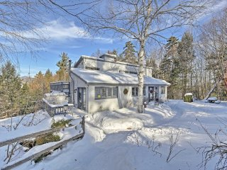 Cozy Stowe House Min to Town w/ Sauna & Mtn Views!