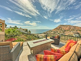 NEW! 4BR San Jose Del Cabo Luxury Home w/ Pool!