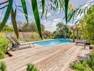 Sorrento Retreat:  luxury, pool, tennis crt