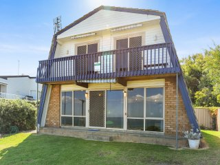 50 Gold Coast Drive - Carrickalinga W74