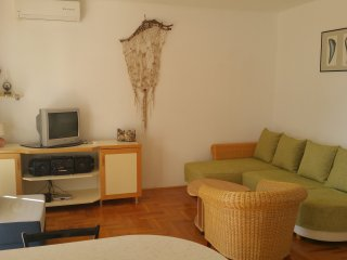 Apartment Predrag - One Bedroom Apartment with Balcony and Garden View