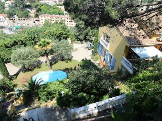 Beziers villa rental South France with private pool