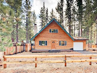 Remodeled 3BR Cabin—Walk to Beach & Dining, Short Drive to Skiing