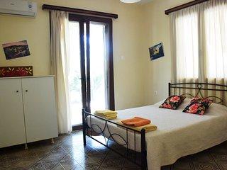 Myrtia - Two Bedroom Apartment (ground flour) in Agios Sostis, Zakynthos