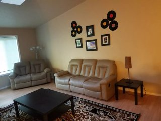 Spacious 3BR condo close to green belt/dwntwn area