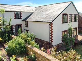 Folland House - a converted dog friendly barn in the rolling Devon countryside