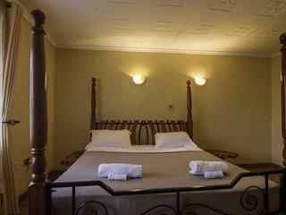 Runda Suites Superior King Ndovu room