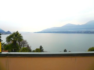 Amelia 1 with beautiful lake view in Brezzo di Bedero