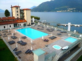 Riva Gabella 1 wonderful apartment in Residence with pool