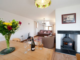 Manor cottage, Hilton Farm Holidays, Marhamchurch, Bude EX23 0HE