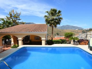 Classic Villa Sierrezuela Private Pool ( Mijas Costa )