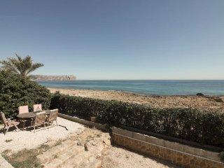 Villa primera línea de playa
