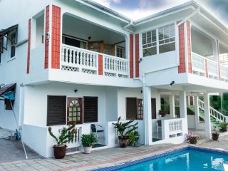 Very Large Sea-View Villa - Central Rodney Bay, St Lucia