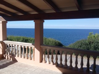 Can Llorens - exclusive first sea line villa!! (New)