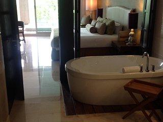 5 DIAMONDS Luxurious 4200 sq. ft. Villa in an amazing jungle setting