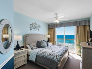 Luxurious Beachfront 3-Bedroom Calypso Resort Condo