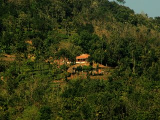 Verdant Vagamon Cottage