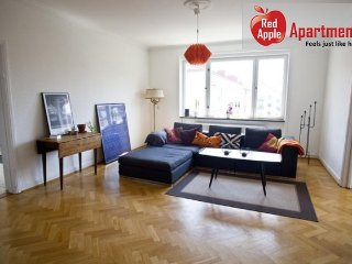 Beautiful Bright Apartment With 2 Balconies - 7935