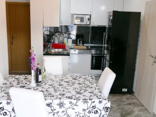 Sunny Hill 4 star apartment with  two bedrooms and  two bathrooms