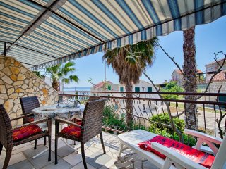 Romantic apartment by the sea - Carmen, Vis