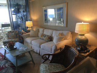 OCEANFRONT~The Atlantis~ON THE BEACH W/POOL~Allergy Friendly~2BR/2BA~Expect More