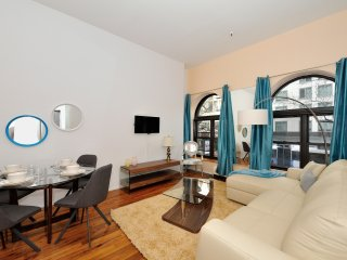 Beautiful East side one bedroom apartment