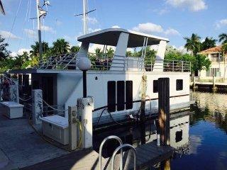 Luxury Houseboat-Condo in Ft. Lauderdale