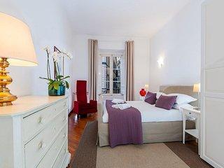 Pasquino Apartment - Navona Square