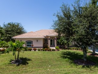 Hernando Dr - HER507 - 1/2 Block to Beach Access!