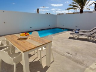 102836 -  House in Puerto del Carmen