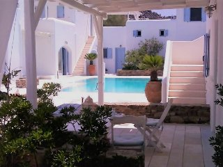 BLUE DAISY House in ORNOS Beach, MYKONOS Island