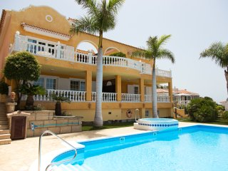 Residencial El Sueno, 2 Bedroom Apartment Hibiscus