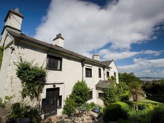 29055 House in Grange-over-San