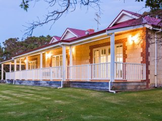 Caves Road Guest House 3