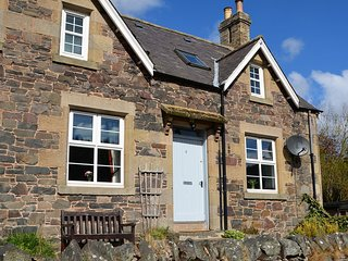 48811 Cottage in Duns
