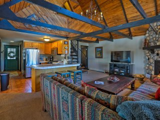 3BR Winter Park Home w/Private Hot Tub & Mtn Views