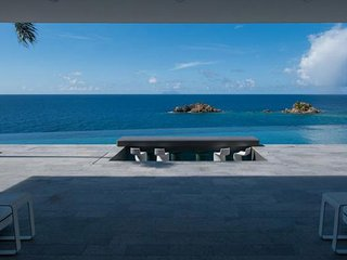 Villa Axel Rocks - Chef Included * Ocean Front * Located in  Wonderful Gustavia
